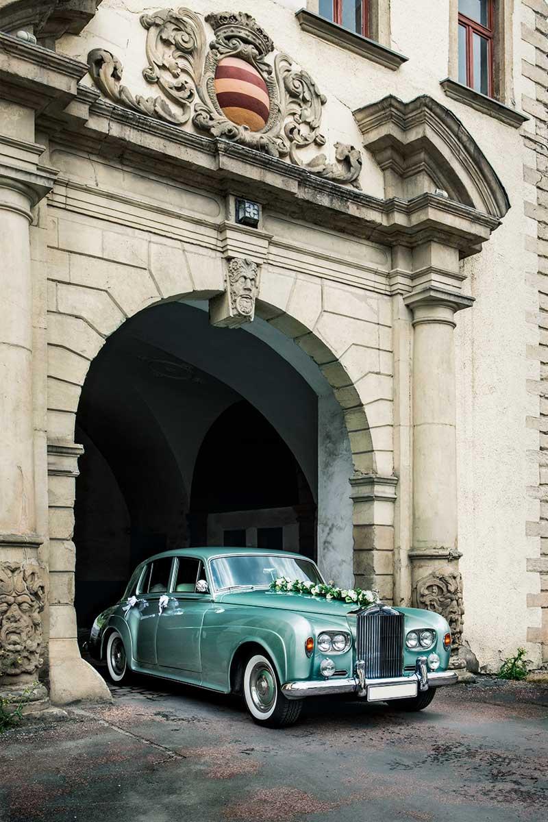 Ein Rolls Royce am Schloss Herdringen in Arnsberg – Autofotograf Dortmund