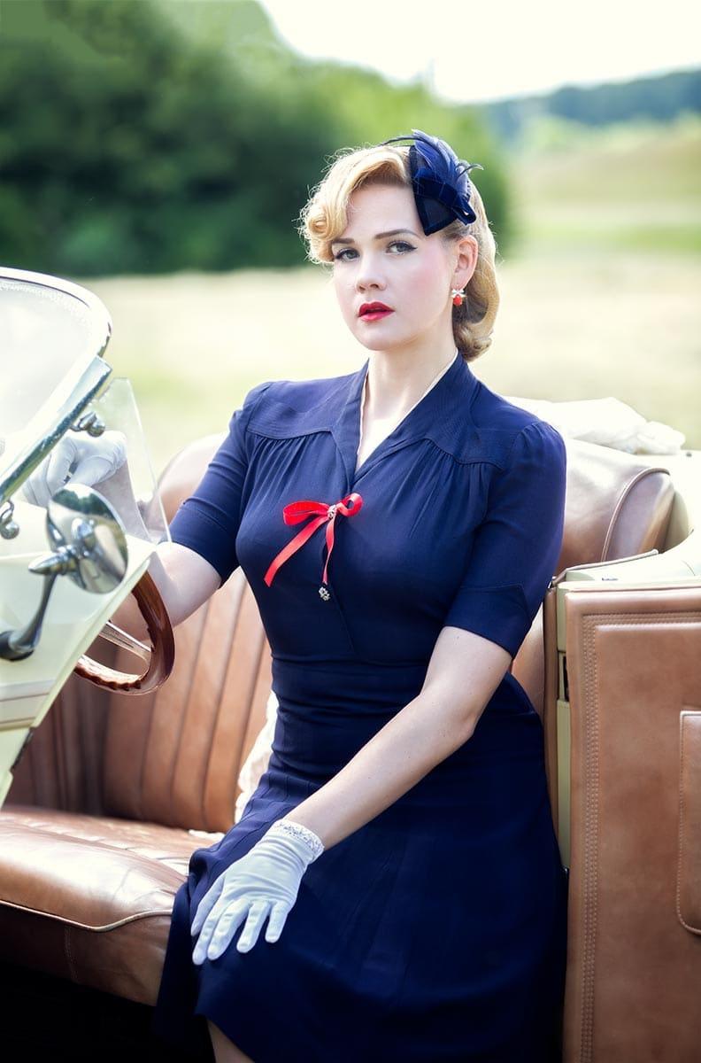 Vintage Lady in einem Cabrio – Autofotograf Dortmund