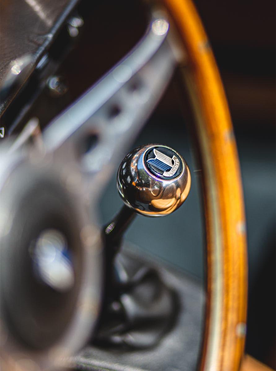 Schaltknauf eines Triumph – Autofotograf Dortmund